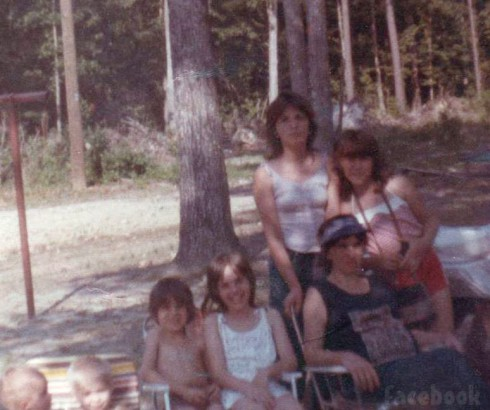 Old Gypsy Sisters family photo with Lottie Mae and Nettie Stanley