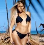 Beyonce H&M bikini photo