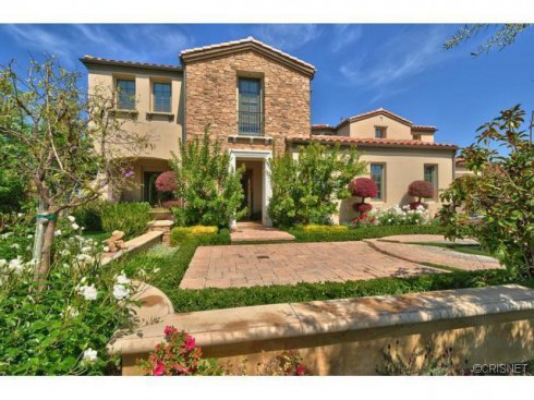 Farrah Abraham house hunts in Calabasas next to Justin Bieber
