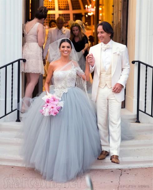 Adriana de Moura wedding photo
