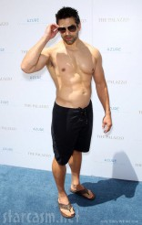 Eddie Judge no shirt