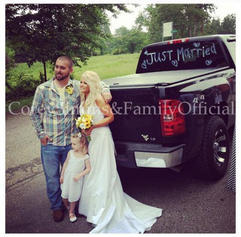 Corey Simms and wife Miranda Patterson are married wedding photos with Aleeah
