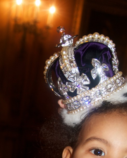 Blue Ivy Carter wears a royal crown