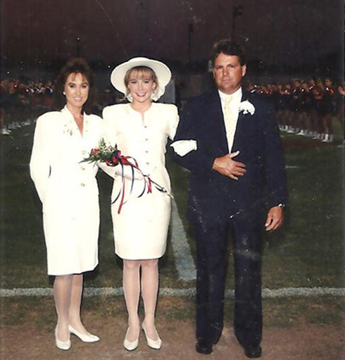 Duck Dynasty Jessica Robertson high school homecoming court photo with mom and dad