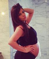 Kim-Kardashian_baby_bump