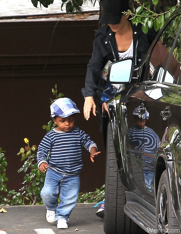 Sandra Bullock's son is a 'little dictator,' but also her