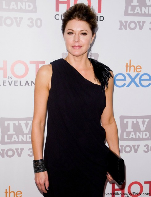 Jane Leeves Hot in Cleveland