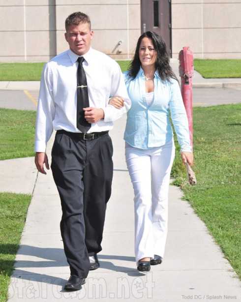 Jenelle Evans and boyfriend Nathan Griffith arrive at court together