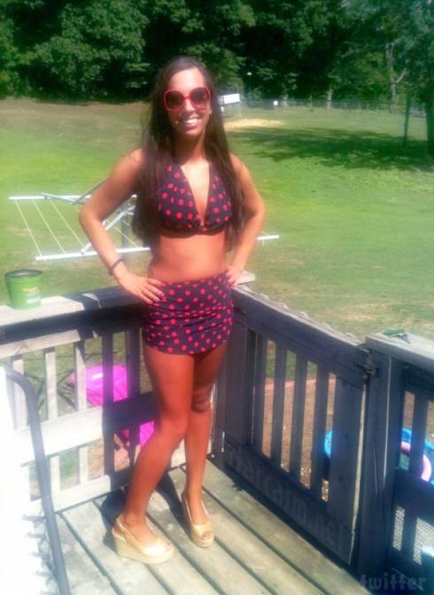 Sydney Leathers bikini photo