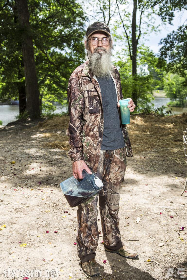 Official Duck Dynasty Season 4 Uncle Si Robertson Photos