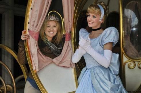 Kelly Clarkson Cinderella - Will Kelly be a wicked stepmom?