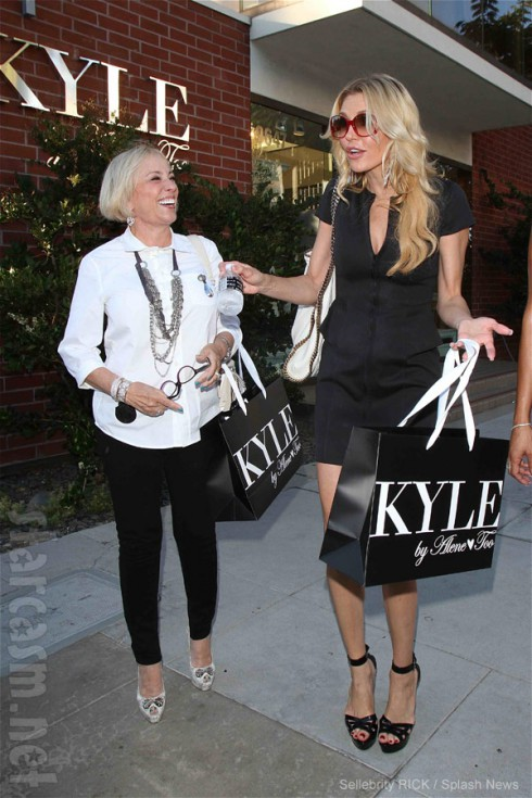 Brandi Glanville goes shopping with the winner of her Oscar dress charity auction