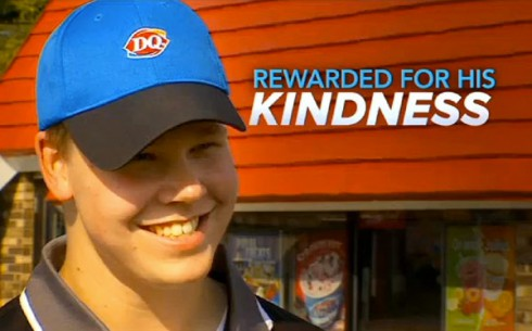 Dairy Queen Joey Prusak gave 20 dollars to blind man