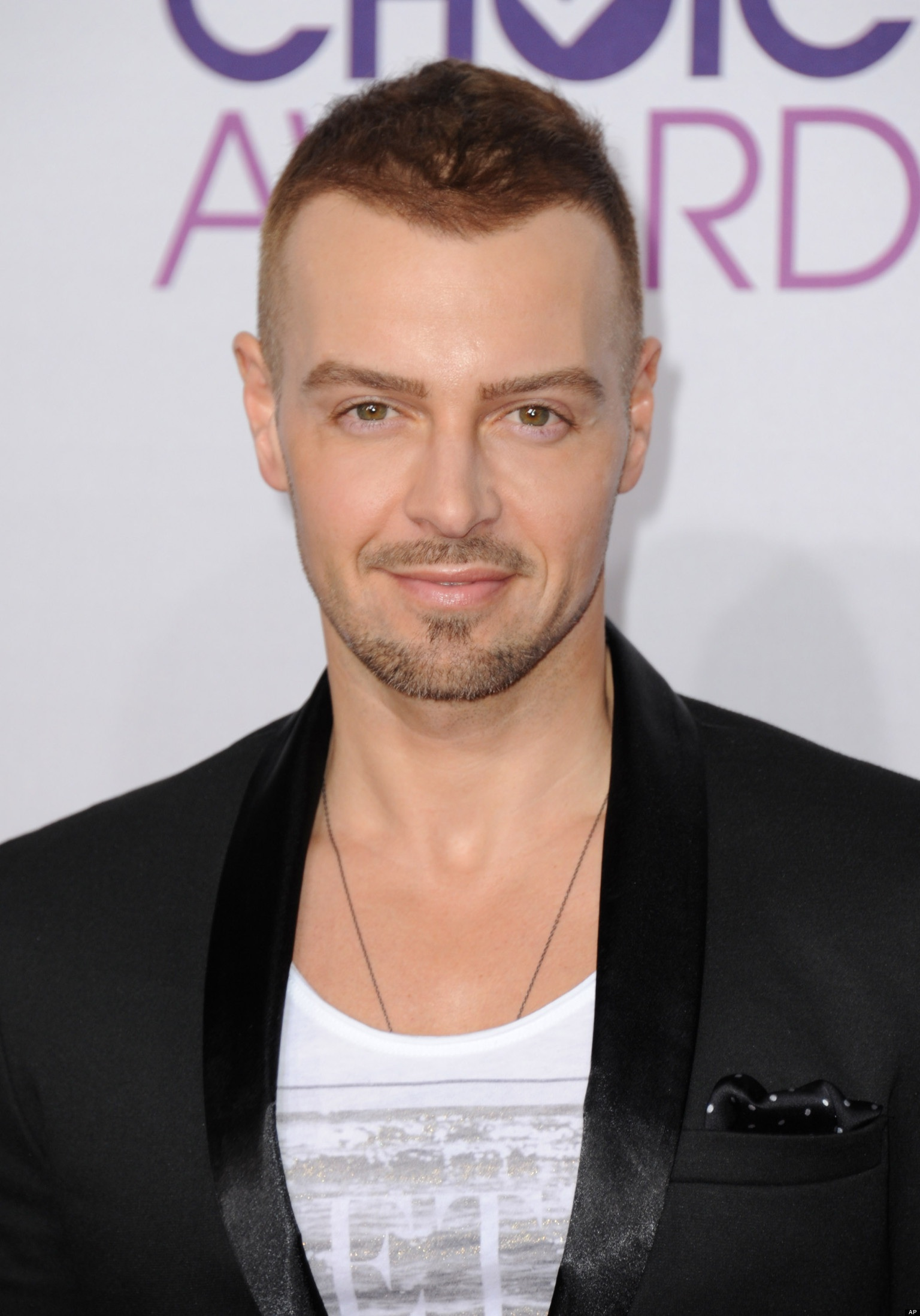 Did Splash Co Host Joey Lawrence Get A Nose Job Plastic Surgery