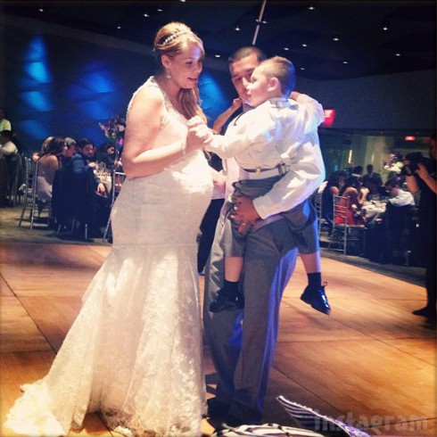 Kailyn Lowry son Isaac and husband Javi Marroquin dancing at their wedding reception