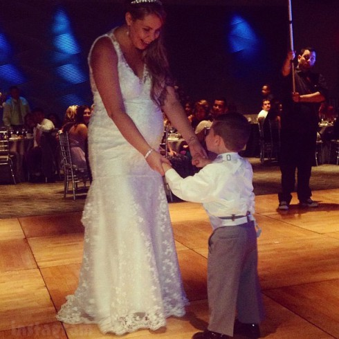 Kailyn Lowry dances with son Isaac at her wedding