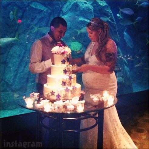 Javi Marroquin and Kailyn Lowry wedding cake photo