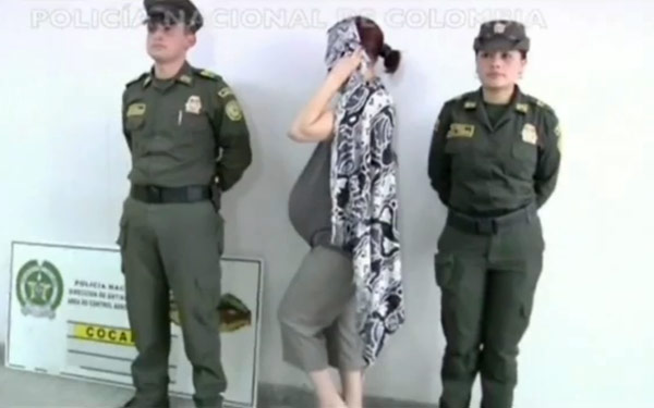 Video Photos Woman With Fake Baby Bump Full Of Cocaine Arrested At