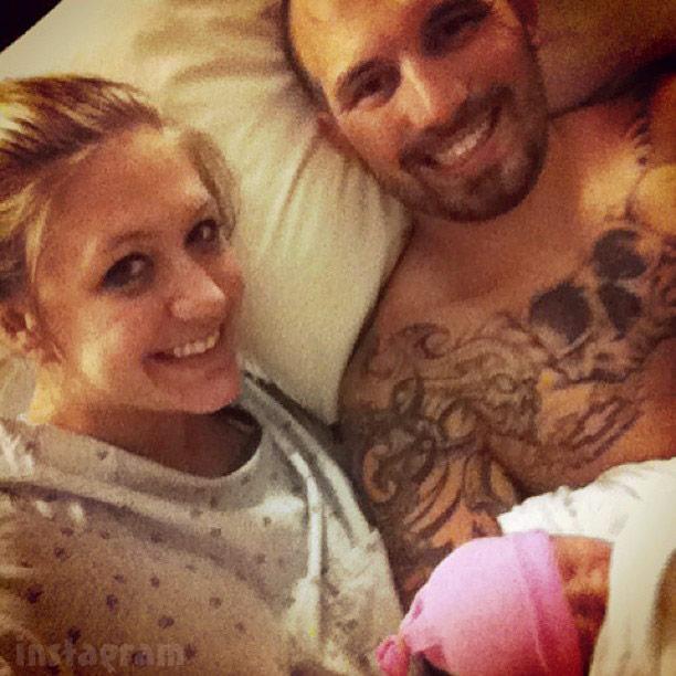 Taylor Halbur Adam Lind and newborn baby daughter Paislee Lind