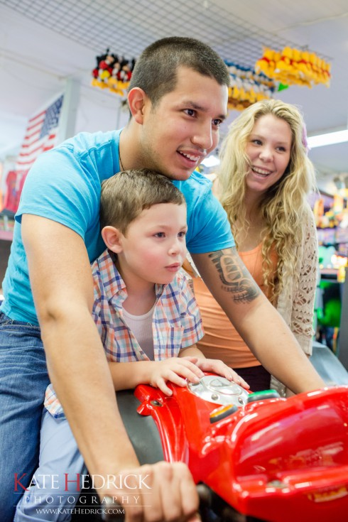 Kailyn Lowry Javi Marroquin and son Isaac at the beach arcade