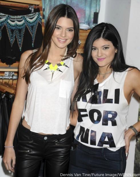 Kendall Jenner - Kylie Jenner - Vignette Club
