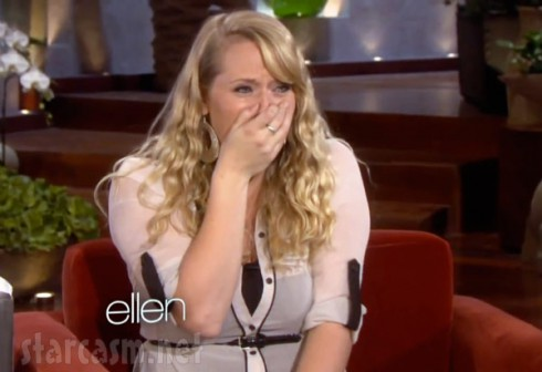 Ruby Tuesday waitress Sarah Hoidahl cries on Ellen