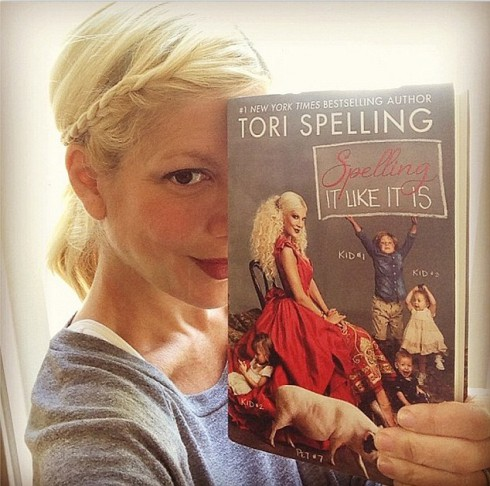 Tori Spelling - Spelling It Like It Is