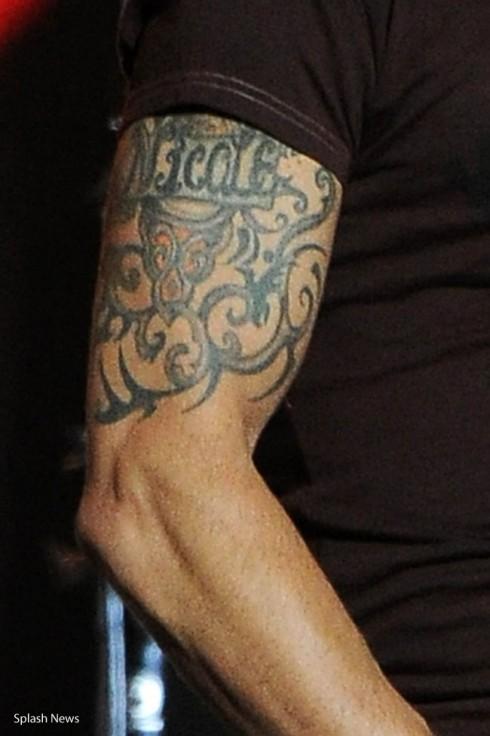 Photo Keith Urban Expands Arm Tattoo For Wife Nicole Kidman