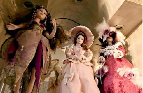 Carlton Gebbia Creepy Dolls