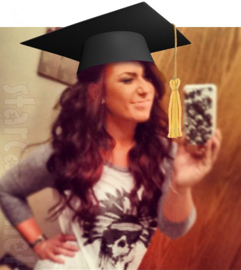 Chelsea Houska graduates from cosmetology school