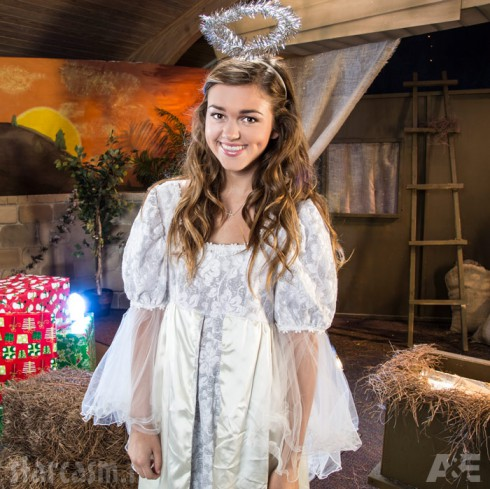 Duck Dynasty Christmas Special Sadie Robertson as an angel