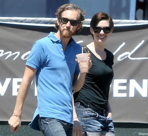 Is Anne Hathaway Pregnant - Adam Shulman
