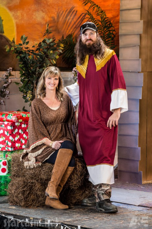 Jase Robertson Misssy Robertson Duck Dynasty Christmas Special 2013