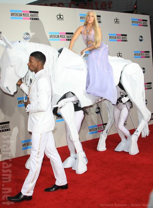 Lady Gaga American Music Awards horse