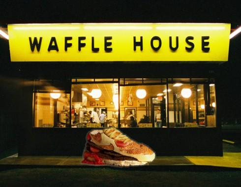 Waffle-House-Hamburger-Shoe