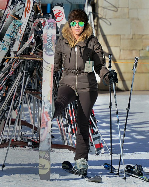 Kourtney Kardashian Skiing Park City Utah