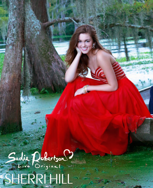 Duck Dynasty Sadie Robertson modeling photo in the swamp