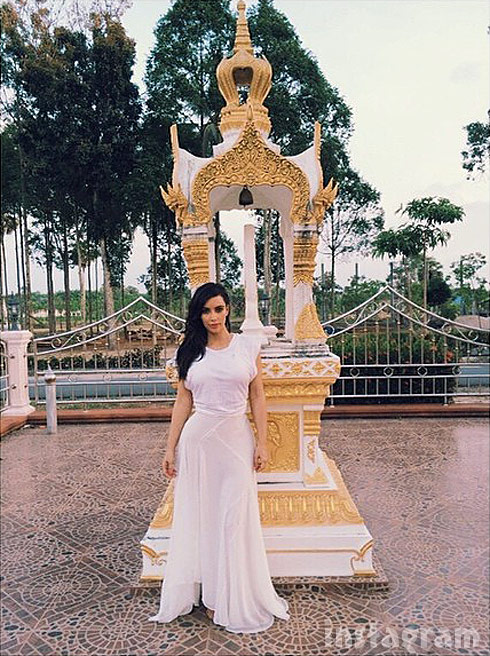Kim Kardashian Buddhist temple enlightenment Thailand