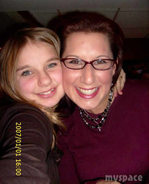 16 and Pregnant's Millina Kacmar and her mom Rachelle in 2007