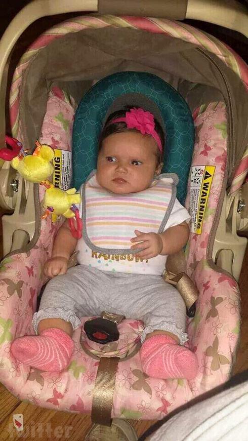 Breaking Amish Sabrina's daughter Oakley photo