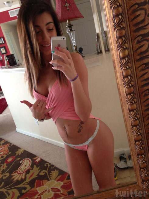 Cheerleader sex naked selfies tight young girls anderson