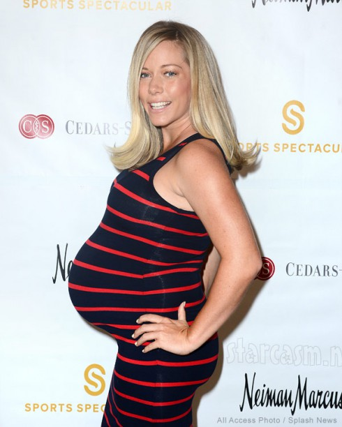 Kendra Wilkinson pregnant with her daughter in 2014