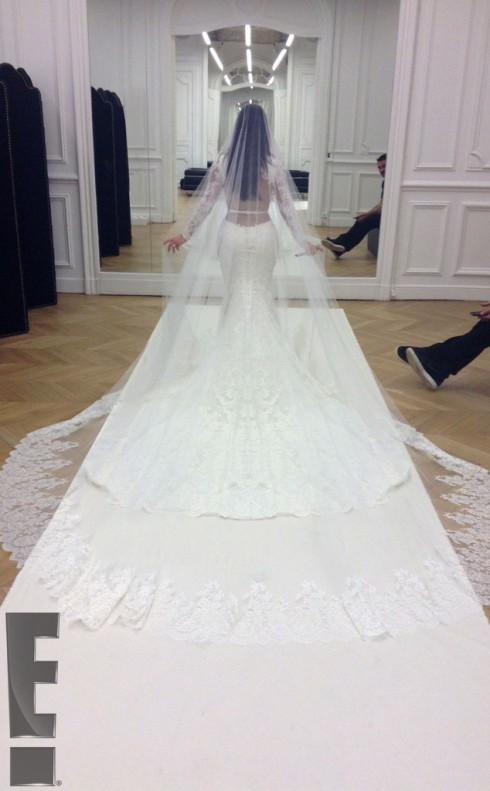 Kimye Wedding - Kim Kardashian Wedding Dress