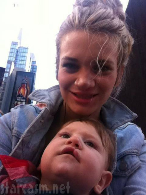 Courtney Ames - Dayton - 16 & Pregnant