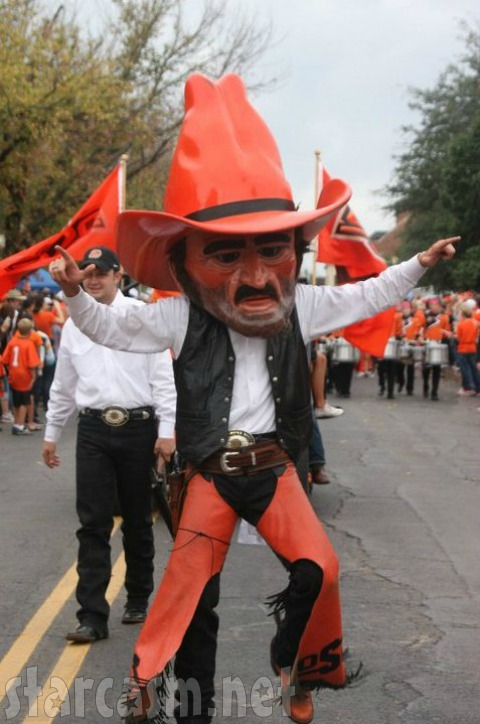 Derick Dillard Pistol Pete Costume