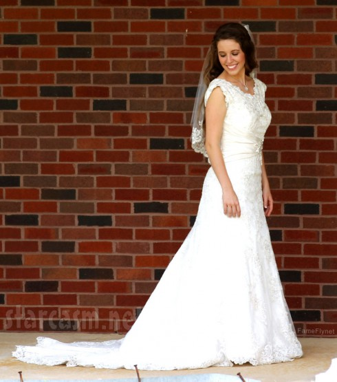 Jill Duggar wedding dress full-length photo with train