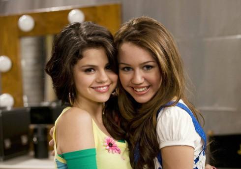 Miley Cyrus - Selena Gomez - Young Disney