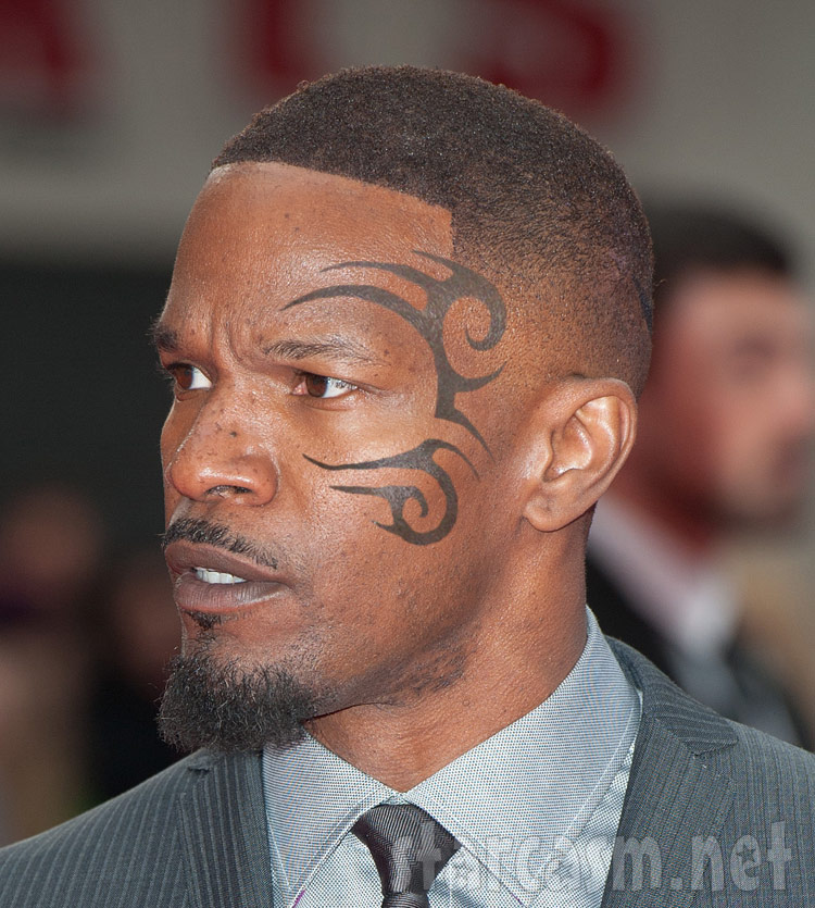 Tyson Face Tatoo: PHOTO Jamie Foxx With Mike Tyson Face Tattoo For Upcoming