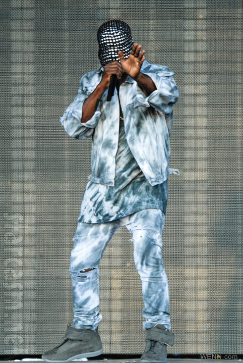 36e26b99c Why does Kanye West wear a mask on stage during his Yeezus concerts?