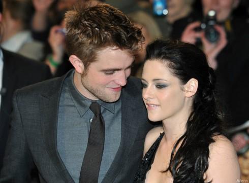 Robert Pattinson and Kristen Stewart - Twilight 2011